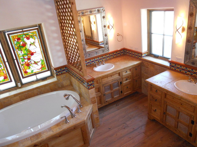 Traditional Santa Fe Bathroom Traditional Bathroom