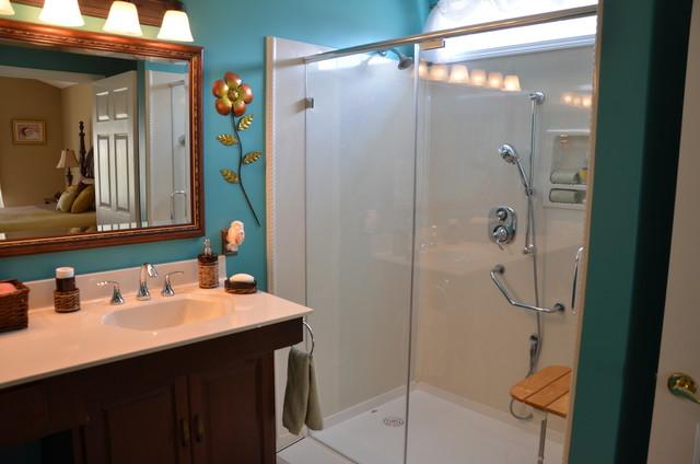 Trainor traditional-bathroom
