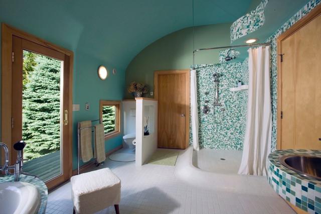 Tranquil Master Spa Bath modern-bathroom