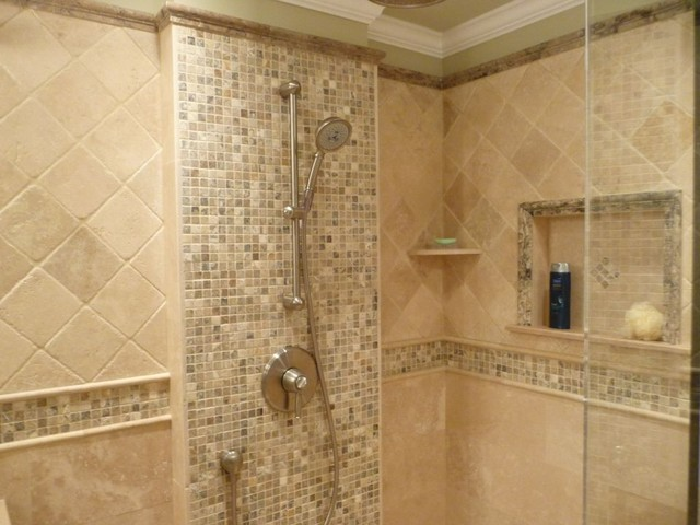 Transitional bathroom remodel modern bathroom for Carrelage salle de bain pierre naturelle