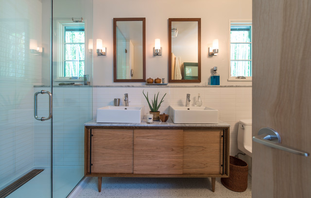 Palisades Renovation Transitional Bathroom Dc Metro By Rill Architects