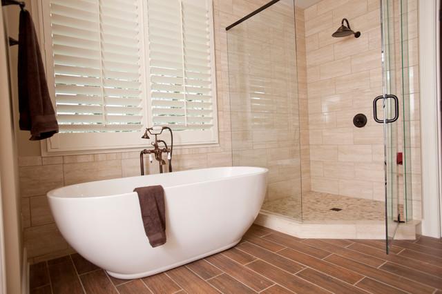 Transitional master bathroom in cincinnati transitional Bathroom remodeling cincinnati