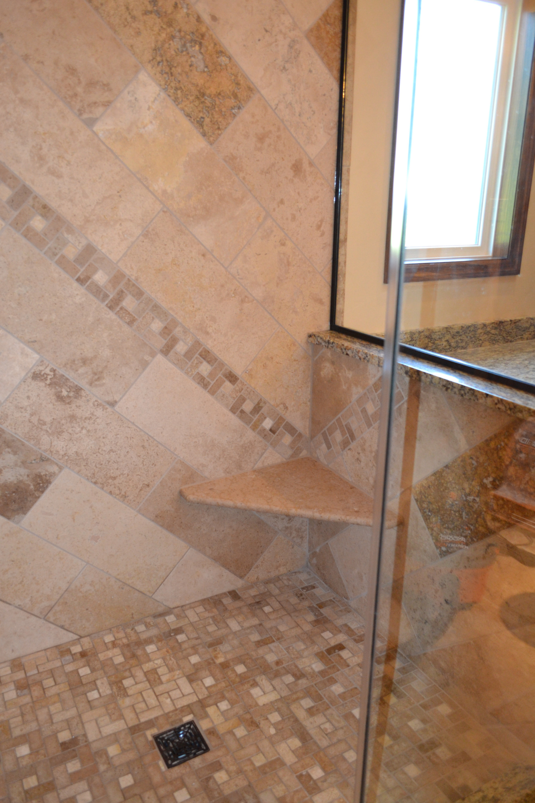 Travertine Shower w/ Glass Enclosure