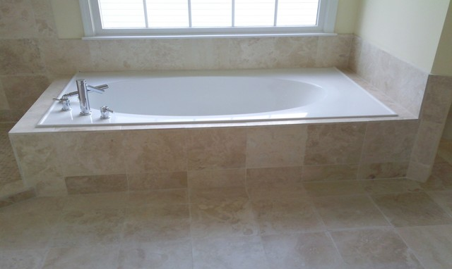 Travertine Tile And Frameless Gl Enclosure Traditional Bathroom