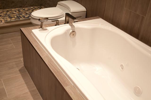 Trewbridge contemporary-bathroom