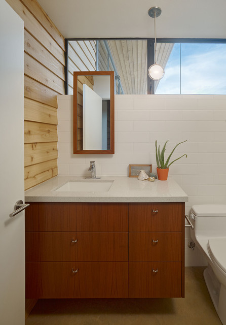 Biddle Residence modern-bathroom