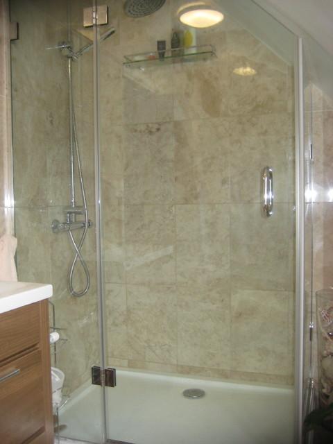 TW Apartment contemporary-bathroom