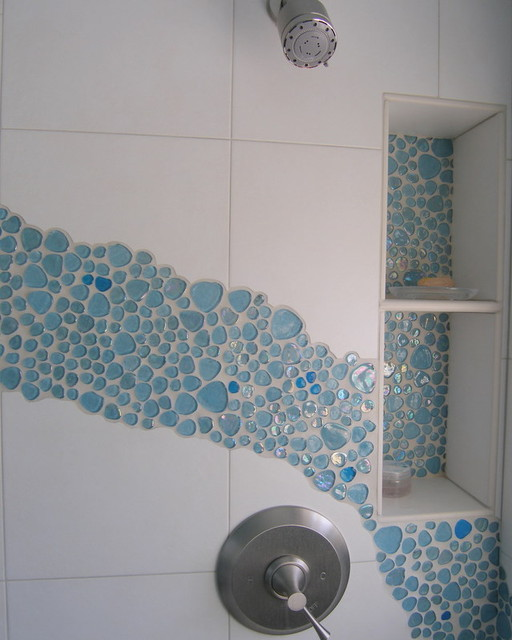 Two Toned Bubble Glass Splash Niche