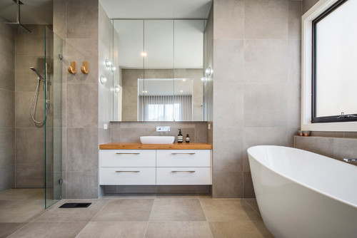 Ultra modern bathroom with freestanding bath