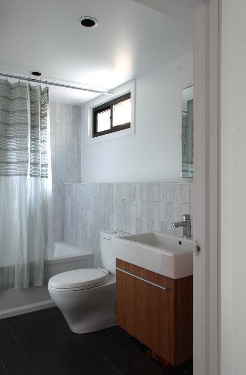 shower curtain in picture - 4 X 5 Bathroom Designs