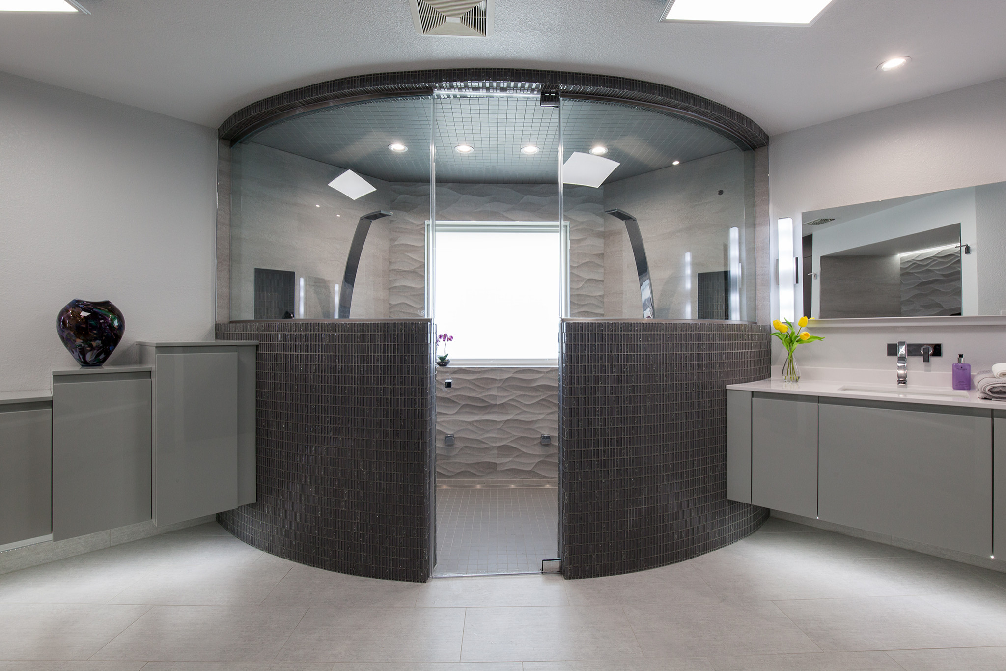 Unique Spa Bath With Shower for Two