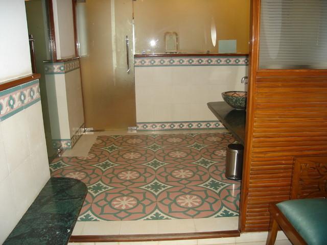 Unitech Country Club, Gurgaon mediterranean-bathroom