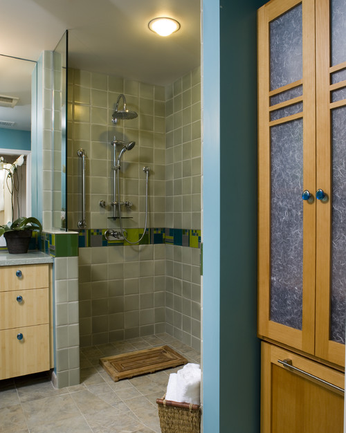 5 Things to Know Before Designing a Doorless Shower - Crystal Bath ...
