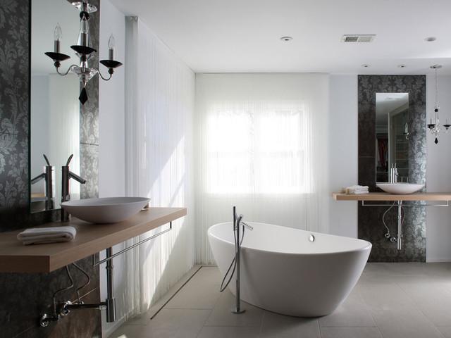 Updated Oakton house modern-bathroom