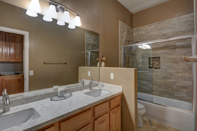 Upgraded Traditional Style Guest Bath