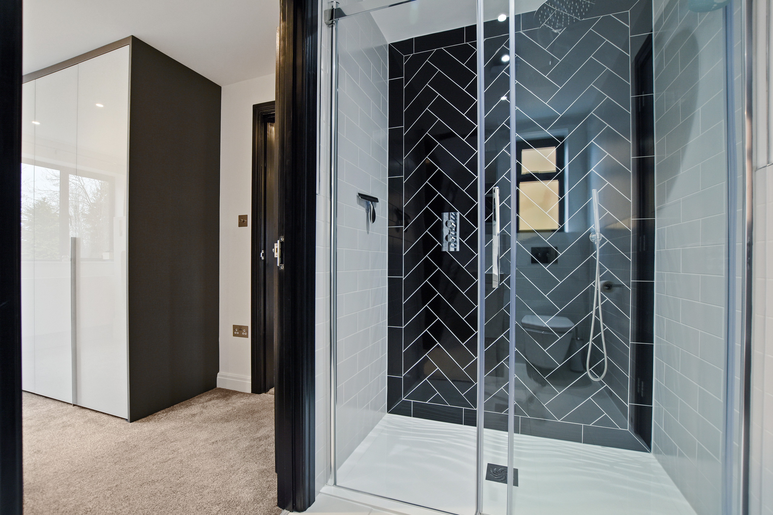 Upper Hill Rise - Ensuite shower room