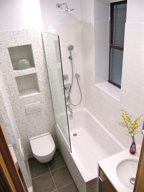 Skip The Shower Door. If Your Bathroom Is About 5 Feet Wide, Thatu0027s Just  Enough Space To Squeeze In A Toilet And A 30  By 60 Inch Tub.