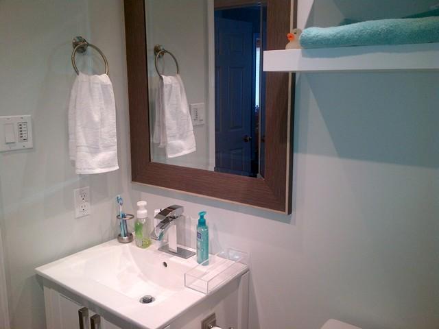 upstairs main bathroom - Moderno - Stanza da Bagno - other ...