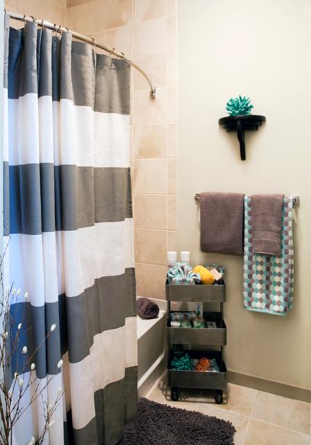 Example of a classic bathroom design in Dallas