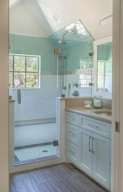 Urban Retreat in Houston transitional-bathroom
