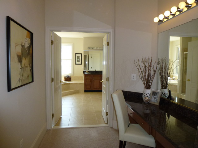 Vacant Staging Ashburn, Belmont Country Club bathroom