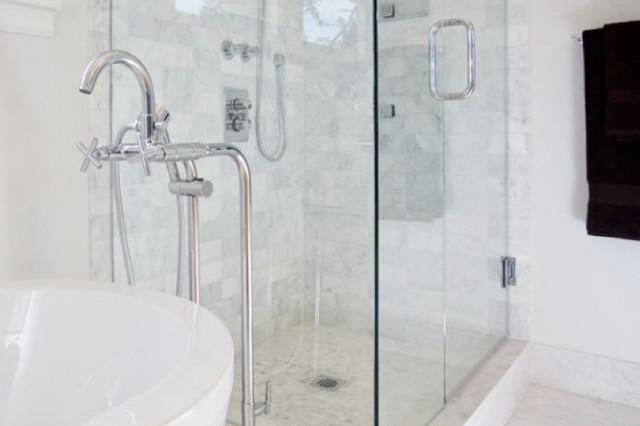 Vancouver, Point Grey Heritage Conversion contemporary-bathroom