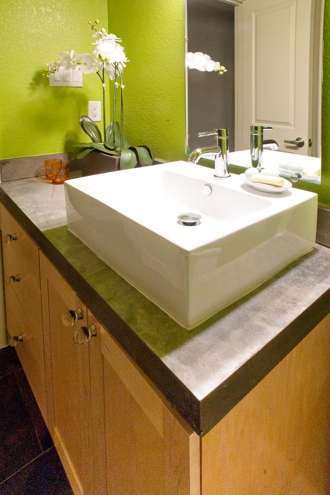 Bathroom - modern bathroom idea in Dallas