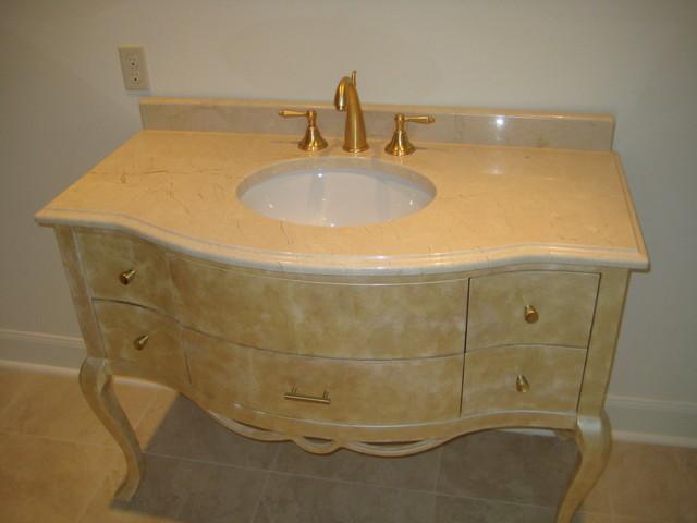 Vanity crema marfil marble for Crema marfil bathroom countertop