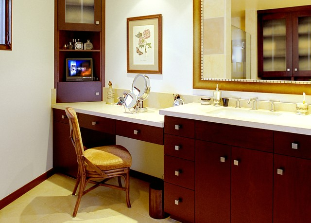 Vanity Makeup Area Modern Bathroom Los Angeles By
