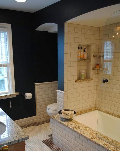 Vanity old world bathroom traditional bathroom for Bathroom remodel milwaukee