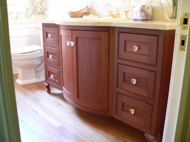 Vanties traditional-bathroom