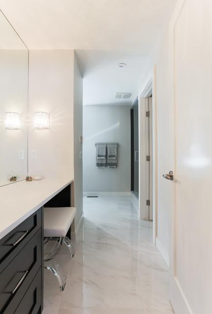 Foto di una stanza da bagno chic