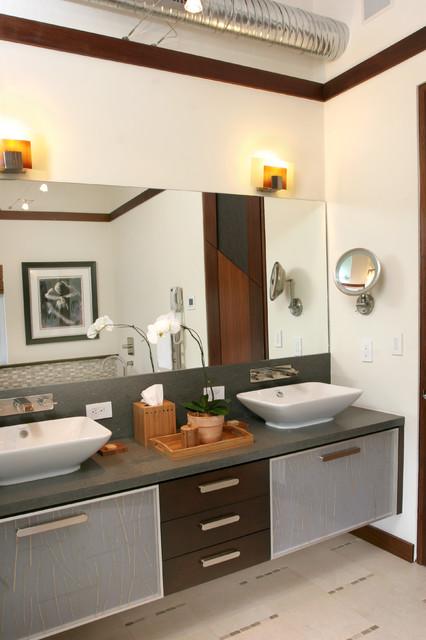 Trendy bathroom photo in Miami