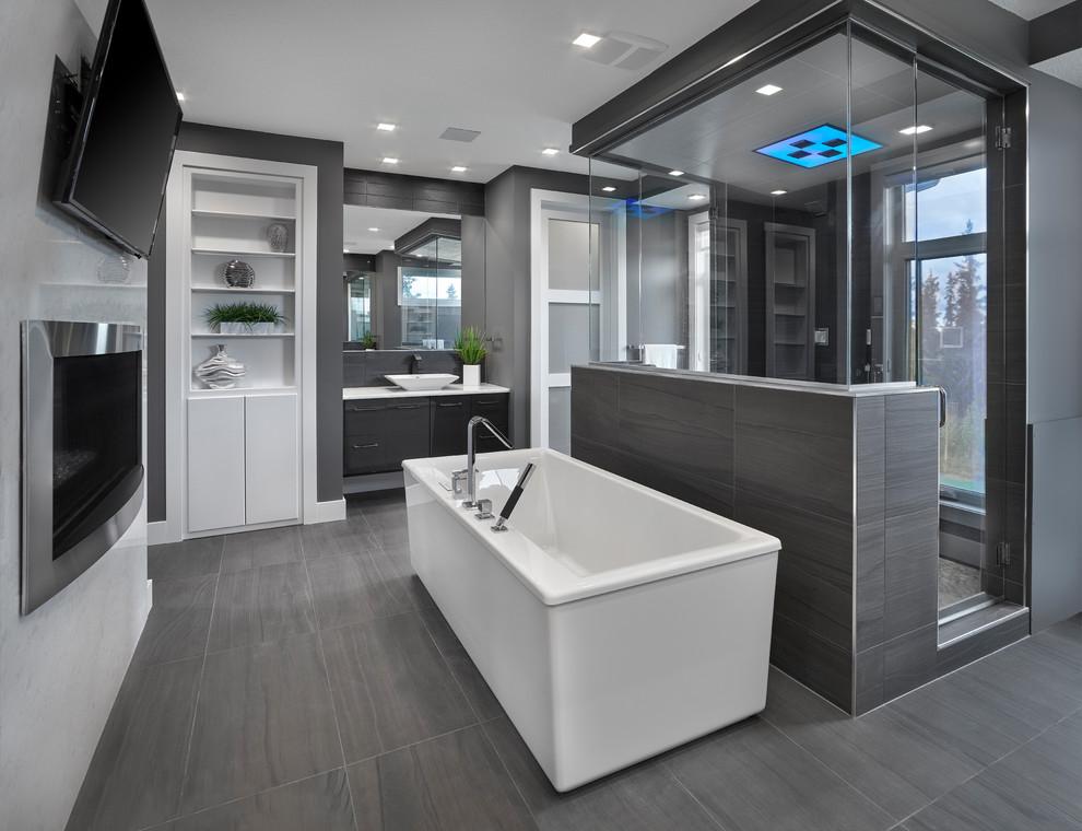 Verari - Contemporary - Bathroom - Edmonton - by Vicky's Homes