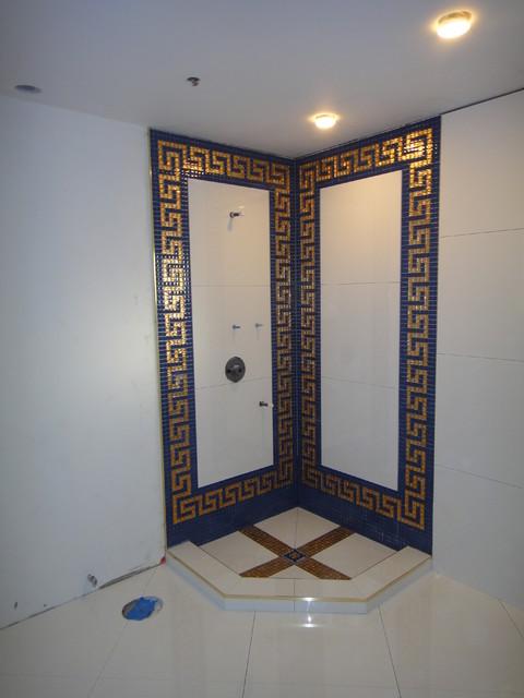 Versace Bathroom By Our Genius Tile Installer Klassisch Badezimmer