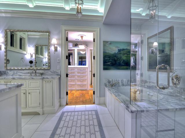 Via Lido Soud traditional-bathroom
