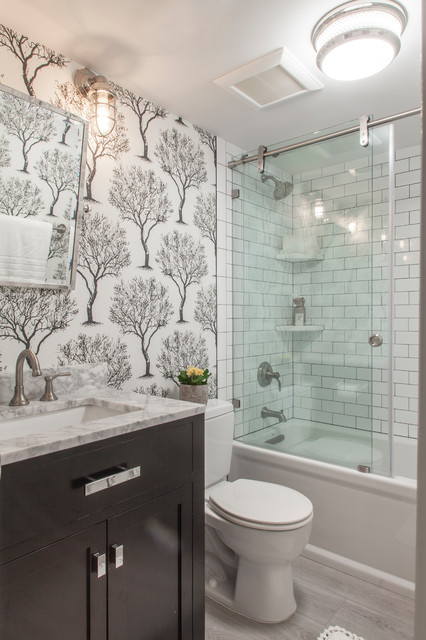 12 Designer Tips To Make A Small Bathroom Better