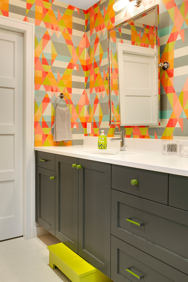 Inspiration for a transitional kids' bathroom remodel in Minneapolis with an undermount sink, shaker cabinets, gray cabinets and multicolored walls