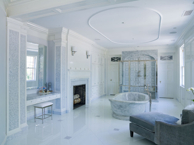 Vicente Burin Architects traditional-bathroom