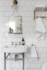 Расхламление ванной: 7 вещей, которые можно убрать с глаз