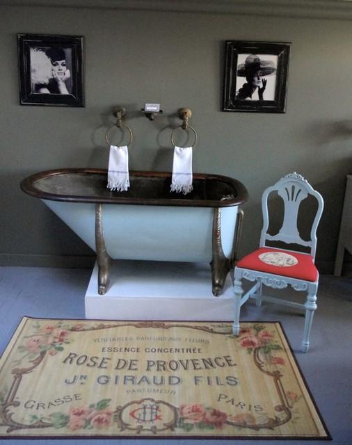 Victorian Bathtub traditional-bathroom
