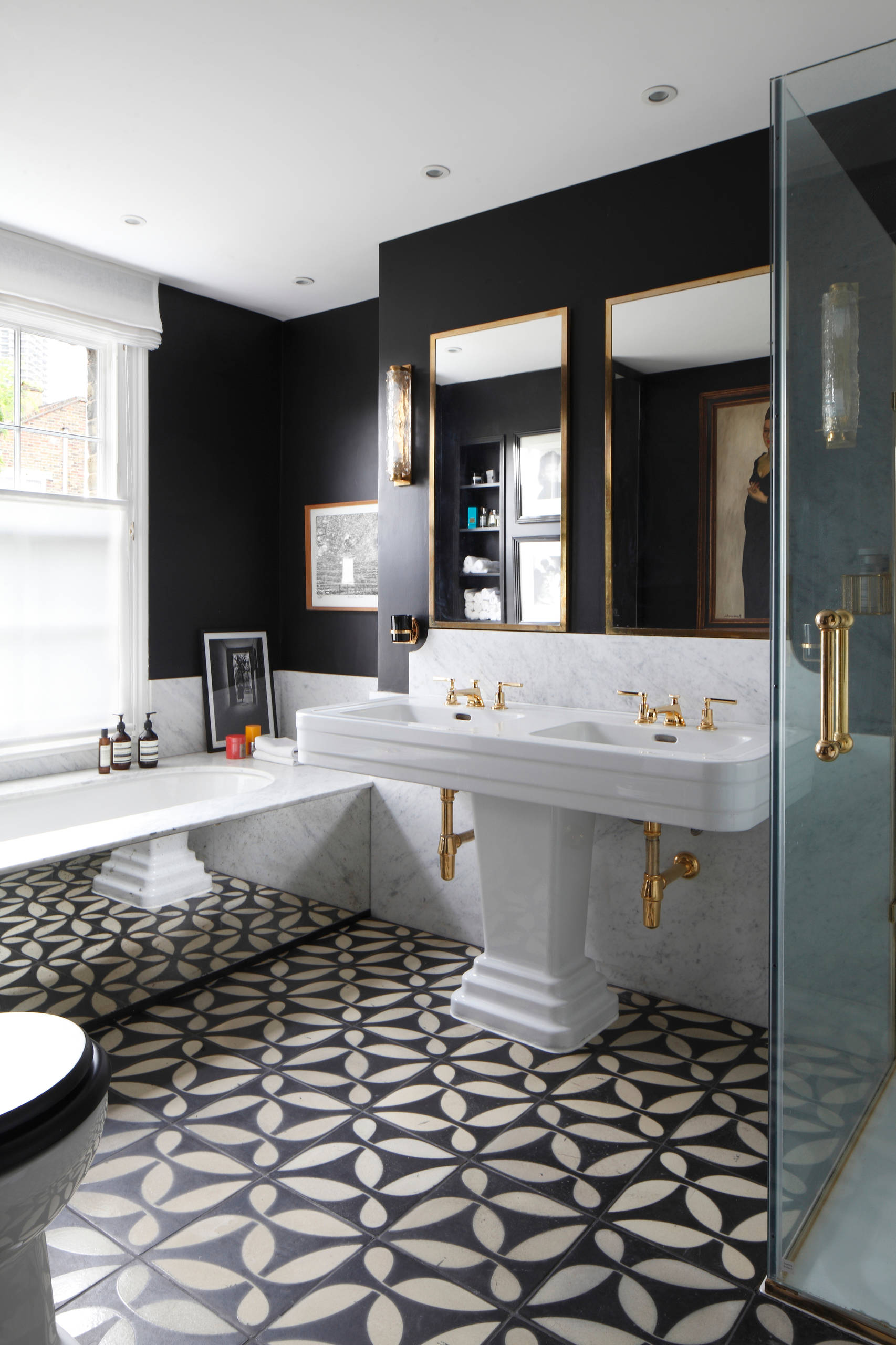 75 Beautiful Bathroom With Black Walls Pictures Ideas April 2021 Houzz