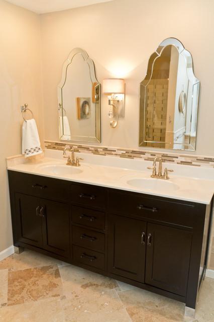 Viila Hills Home Renovated traditional-bathroom