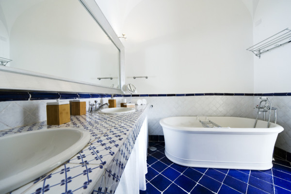 Villa Ferraro, Capri - Italy mediterranean-bathroom