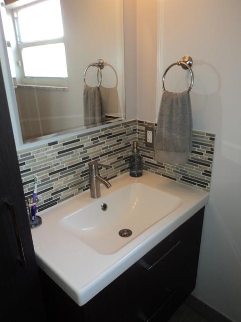 Villanueva39s bathroom contemporary bathroom miami for Bathroom supplies miami