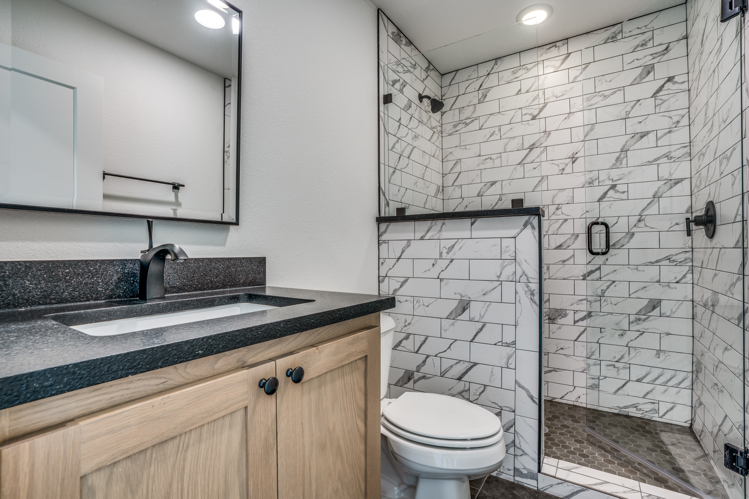 Bathroom Tile - Black & White w/ Wood Accents