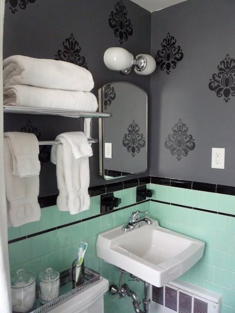 Vintage bathroom for Green and gray bathroom designs