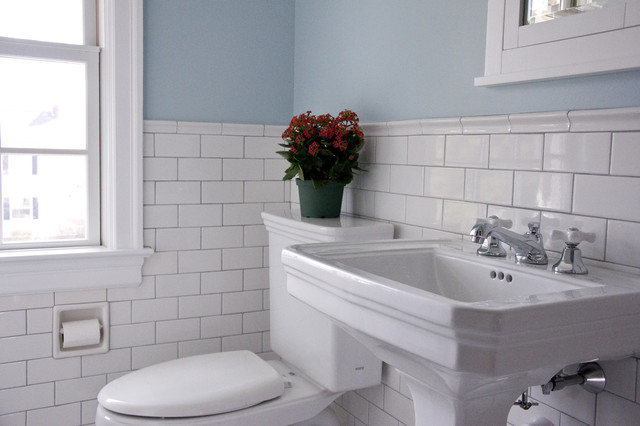 Vintage bathroom traditional-bathroom