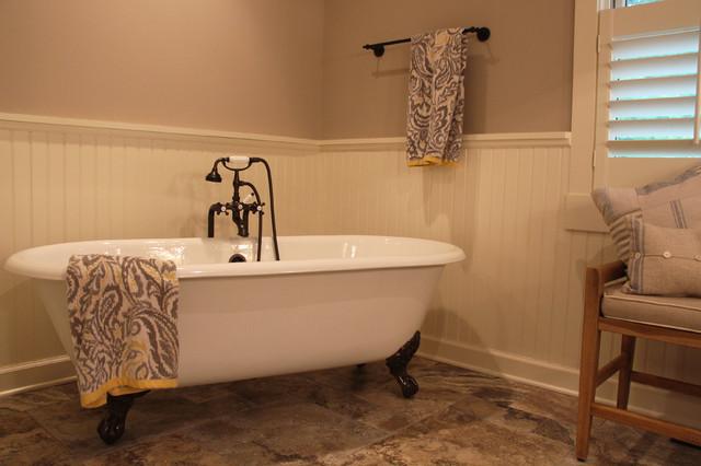 Bathroom Fixtures Milwaukee vintage cottage on the lake - farmhouse - bathroom - milwaukee