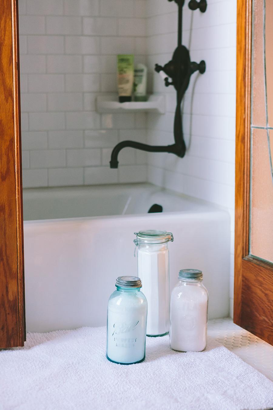 Vintage Farm House Bathroom
